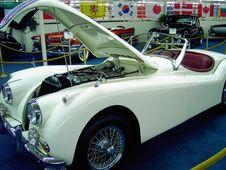 Free Vintage White British Sports Car Royalty Free Stock Image - 450176
