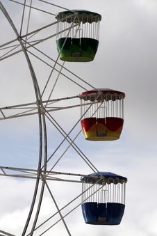 Free Three Ferris Wheel Cabins Royalty Free Stock Photo - 453305
