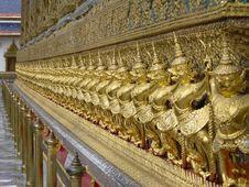 Free Golden Gods Royalty Free Stock Image - 459026