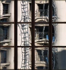 Free Building Reflections Royalty Free Stock Image - 4504296