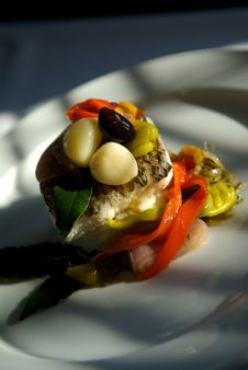 Free Sea Bass Dinner Royalty Free Stock Photography - 4506227