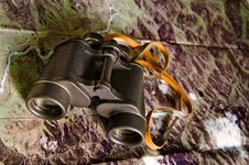 Free Binoculars With Map Stock Photography - 4507672