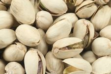 Free Fresh Pistachio Nuts Royalty Free Stock Images - 4516069
