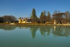 Free Palace Hellbrunn With Pond No.2 Stock Image - 4522961