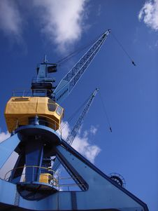 Free Port Cranes Royalty Free Stock Images - 4523519