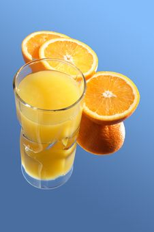Free Fresh Orange Juice Royalty Free Stock Photos - 4526028