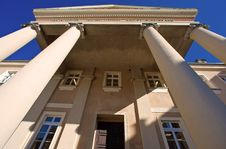 Free Classical Architecture Royalty Free Stock Photography - 4529357