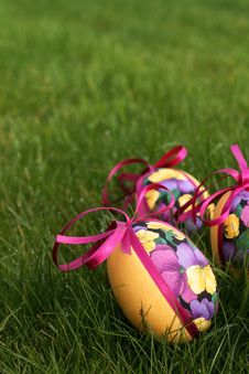 Free Easter Eggs In Meadow Stock Photo - 4532830