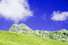 Free Mountains And Clouds Royalty Free Stock Photography - 4536747
