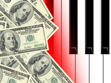 Free Dollars And Piano Royalty Free Stock Photography - 4536997
