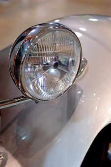 Free Classic Car Headlamp Stock Photography - 4537392