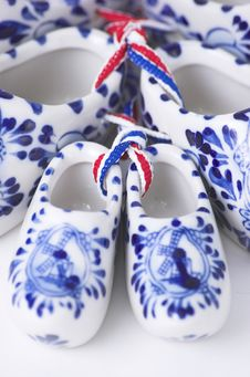 Free Porcelain Clogs Royalty Free Stock Photos - 4543488