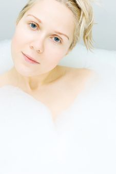 Free Woman In Bathtub Royalty Free Stock Images - 4549769