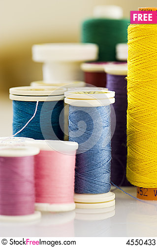Free Close Up Of Different Colors Of Thread. Stock Photos - 4550433