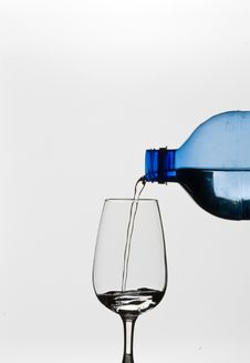 Free Pouring Water Stock Images - 4552134