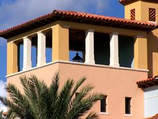Free Spanish Style Building Royalty Free Stock Image - 4552606