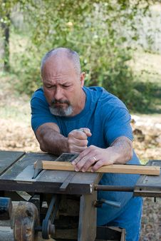 Free Man Using Tablesaw Stock Images - 4555044