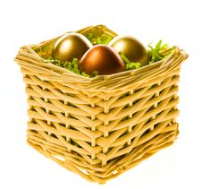 Free Easter Basket With Gold Eggs Royalty Free Stock Images - 4557099