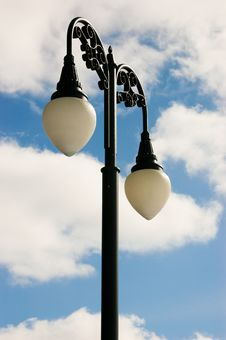 Free Lamp Post And Bright Sky Royalty Free Stock Image - 4557216