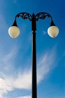 Free Lamp Post And Bright Sky Royalty Free Stock Images - 4557219