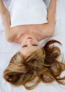 Free Attractive Woman Getting Spa Treatmen Royalty Free Stock Photo - 4557735