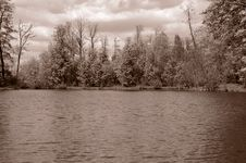 Free Lake In Forest Royalty Free Stock Images - 4558499