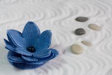 SPA Flower-foam And Salt Bath Royalty Free Stock Photo