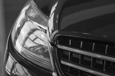 Free Reflection On Car Royalty Free Stock Image - 4563676