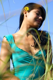 Free Woman With Grass In Foreground Royalty Free Stock Photography - 4564937