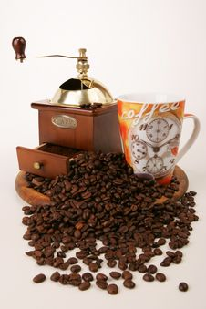 Free Coffee-mill Royalty Free Stock Photo - 4568605