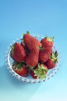 Free Strawberries Cup Isolated Stock Images - 4568714