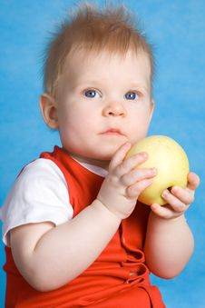 Free Baby Boy Eating An Apple Stock Photos - 4570193