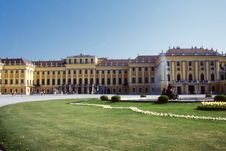 Free Schonbrunn Palace Royalty Free Stock Photography - 4570277