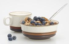 Free Milk And Cereal With Blueberry Royalty Free Stock Photo - 4573865
