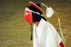 Free Side View Of Mask Dancer Royalty Free Stock Images - 4574909
