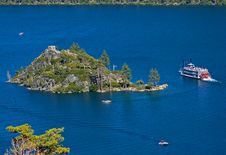 Free Fanette Island In Lake Tahoe Stock Photography - 4576532