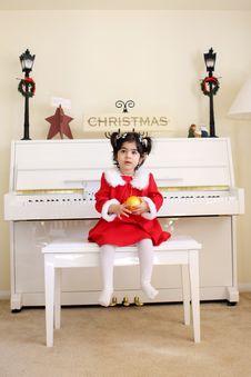 Free White Piano Stock Photo - 4580290
