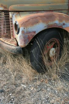 Free Abandoned Truck Royalty Free Stock Photo - 4587235