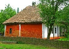 Free Ukrainian Old Country House Stock Photo - 4588480