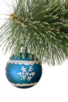 Free Christmas Ball Royalty Free Stock Photography - 4589617