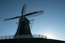 Free Windmill At Sunset Royalty Free Stock Photos - 461098
