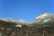 Free Swiss Cottage On The White Mountain Stock Photos - 462283