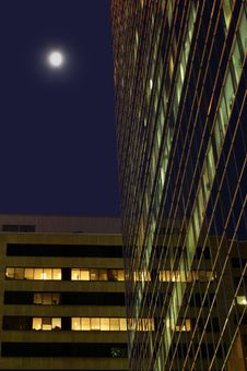 Free Moon Beside Buildings Stock Photography - 467582