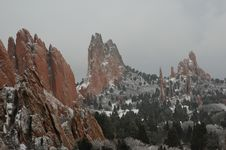 Free Snowy Landscape With Red Rock Formations Royalty Free Stock Photos - 468048