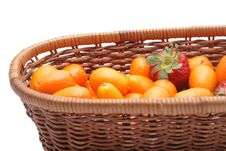 Free Kumquats An Strawberry Royalty Free Stock Photo - 4600515