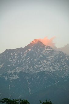 Free Flaming Sunset Over Snowpeaked  Himalayan Ranges Stock Image - 4602051