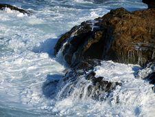 Free Foaming Rock Royalty Free Stock Photo - 4603555