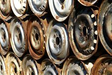 Free Rusty Car Rims Stock Image - 4608811