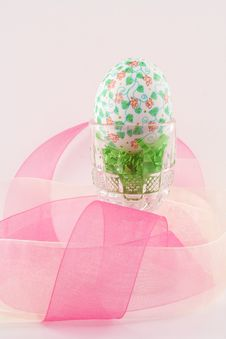 Free Hand Decorated Easter Egg Royalty Free Stock Image - 4609306