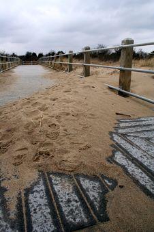 Free Sandy Boardwalk Royalty Free Stock Image - 4612096